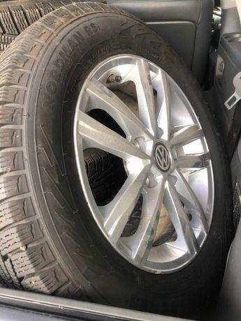 Продам шины и диски 195/65 R15 Nokian 5*112 в хорошем состоянии