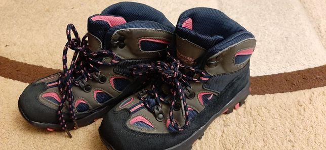 Ботинки весна-осень фирмы Mountain Warehouse 33 размер