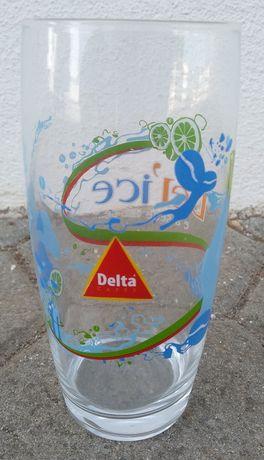 Copo de vidro do Café Delta