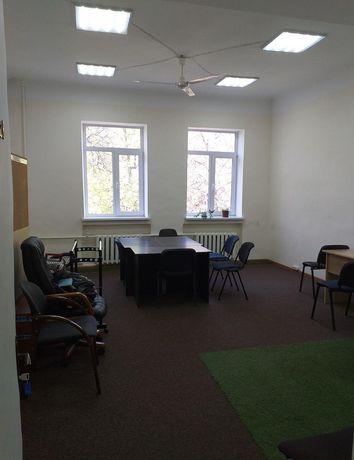 Большой офис 40 м2 со всем для работы в коворкинге по ул Гринченко