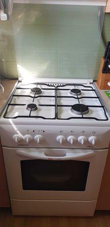 Kuchnia gazowo - elektryczna Mastercook KGE 7320 B Plus