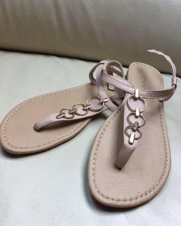 Sandały Simplybe rozmiar 40 stan idealny 26 cm