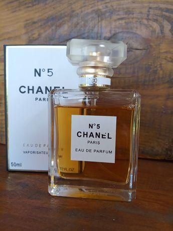 Элитная женская парфюмерия. Ioud, Prada, Escada, chanel. Clinique.