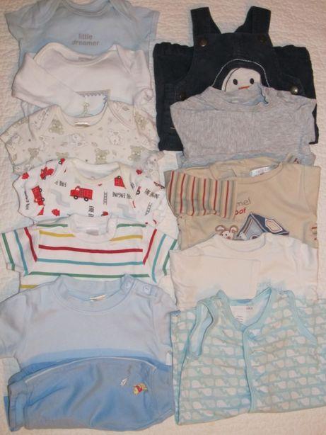 Пакет одежды на мальчика 0-3 месяца 12 вещей дёшево