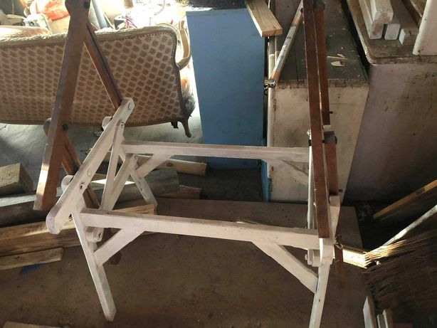 podstawa pod stół kreślarski  do odnowienia.
