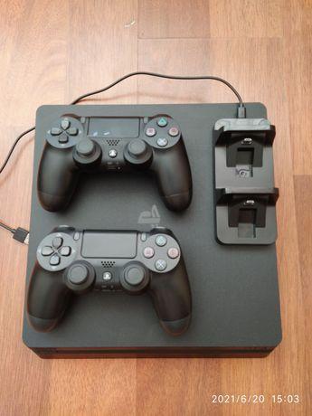 Продам Sony Playstation 4 slim 1 терабайт памяти