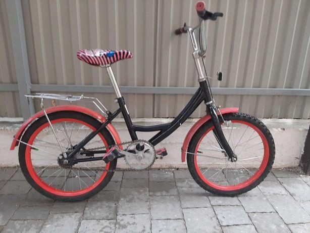Велосипед дитячий дуже легкий колеса 16