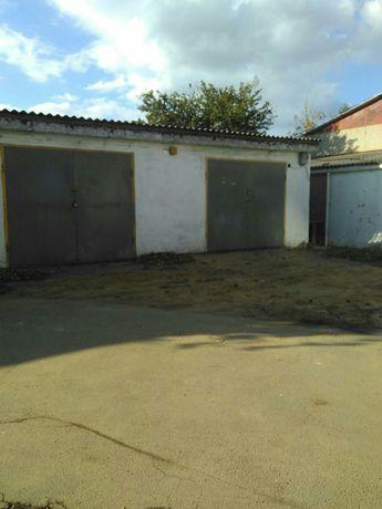 Продам 2 гаража