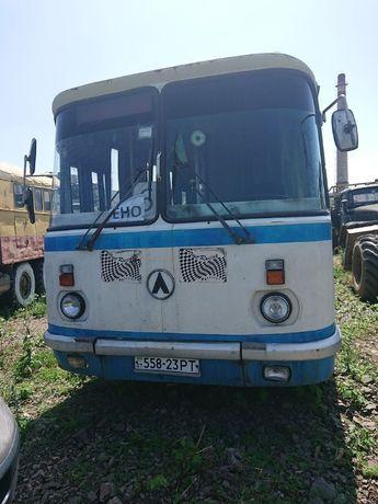 Автобус ЛАЗ-695 558-23 PT