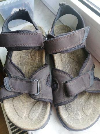 Sandały męskie zapinane na rzepy
