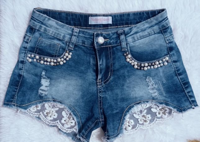 Шортики джинсові.