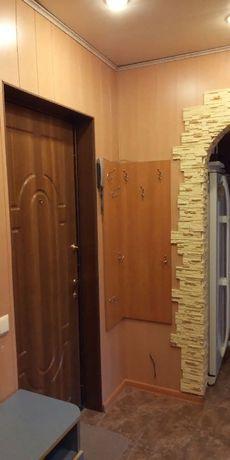 Квартира 2-х комнатная, квартал Заречный, 9 этаж.