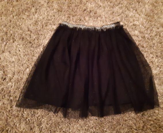 Ubrania na dziewczynkę