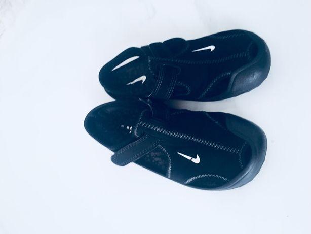 Sandały Nike r. 28,5
