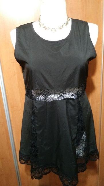 Sukienko-tunika z koronkowymi wstawkami, 42-44.