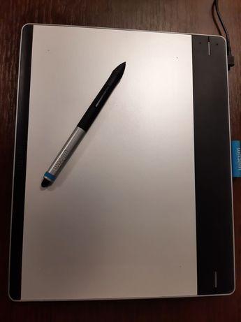 Графический планшет Wacom pen&touch M