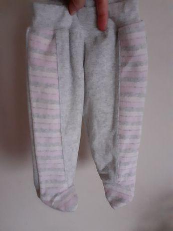 Welurowe ocieplane spodnie dresowe pajacyk