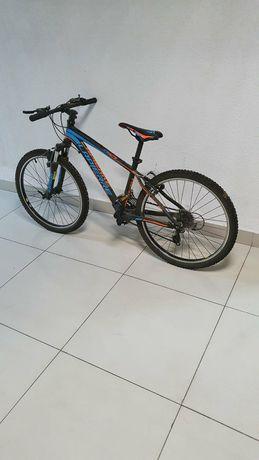 Велосипед детский новый...два раза катались