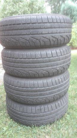Opony zimowe Pirelli R16