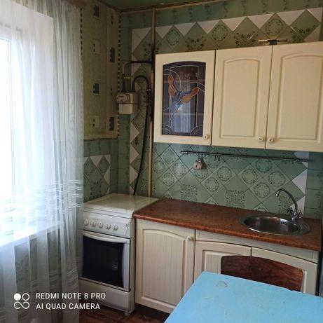 Здається 1 кімнатна квартира з косметичним ремонтом!