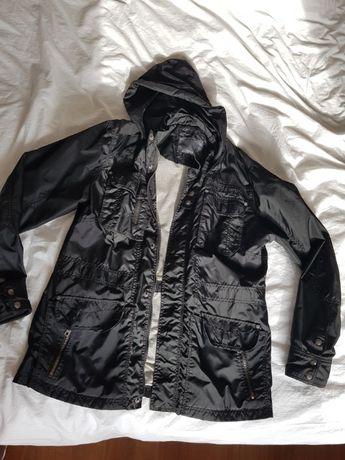 Sprzedam kurtkę wiatrówkę Reserved rozmiar XL