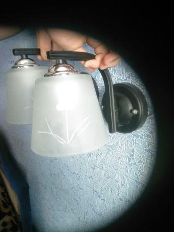 Продам настенные светильники