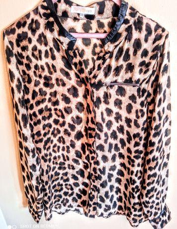 Blusa de seda em tigresa