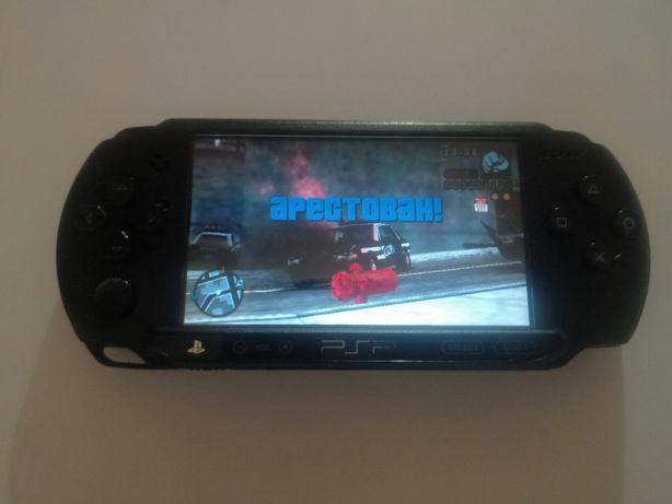 Sony PSP E1004 прошита с играми