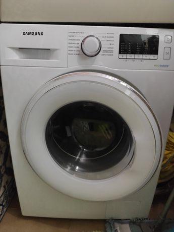 Máquina de lavar roupa Samsung