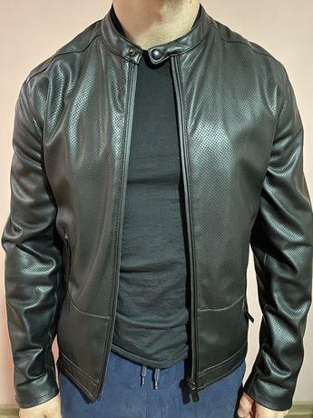 Мужская куртка кожанка zara