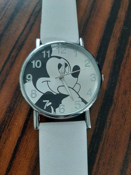 Zegarek Mickey Mouse