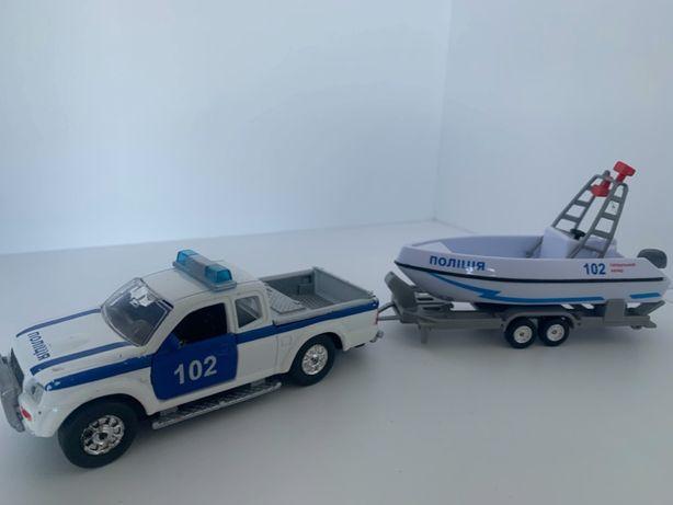 Технопарк Водная полиция, Полицейская машина + лодка