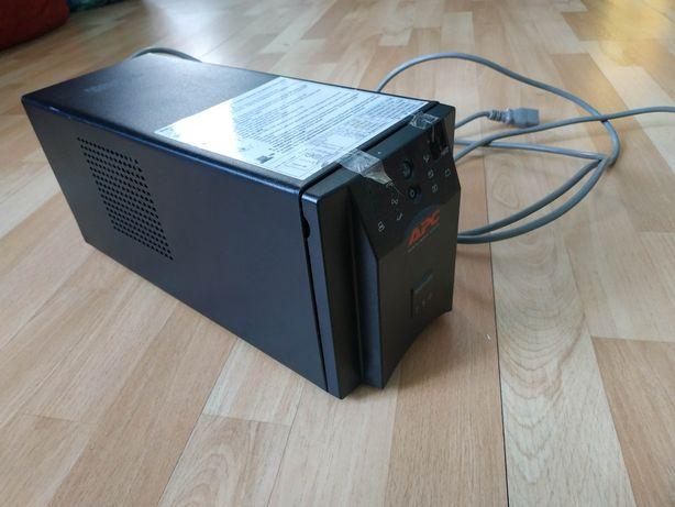 ИБП APC Smart-UPS 750 ВА 230 В, безперебойник