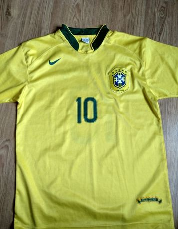 Футбольные футболки (Месси и т.д)