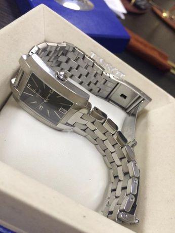 Новые швейцарские часы TISSOT T60.1.581.52.