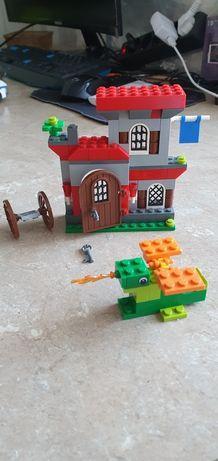 Lego замок с драконом