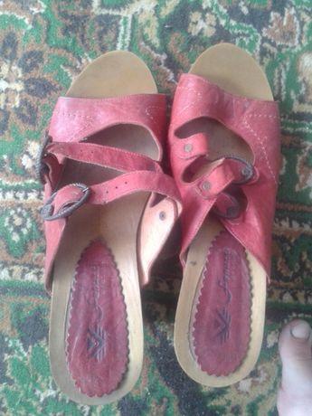 Женские сандали р 40