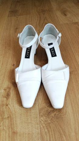 RYŁKO Buty skóra, białe czółenka 38 ślubne