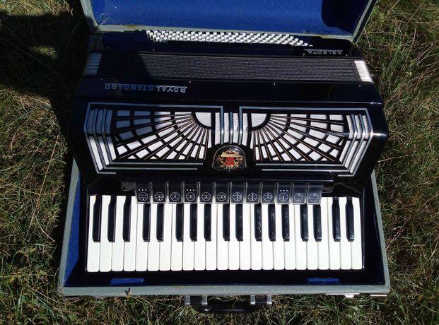 Аккордеон Selecta Royal standard Weltmeister акордеон аккардион баян