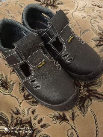 Робочі туфлі Cemto 42 розмір