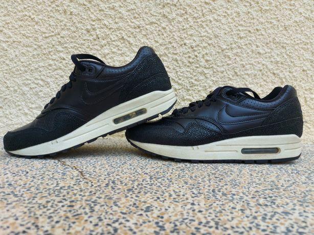 Nike Air Max pretas