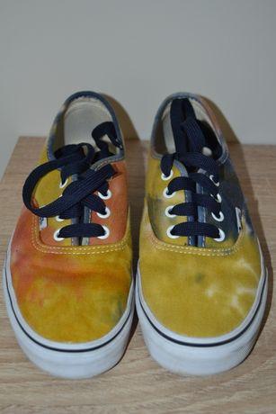 Vans amarelas e azuis 38