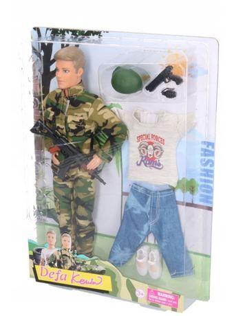 Lalka Kevin żołnierz z akcesoriami