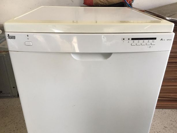Máquina de lavar loiça TEKA