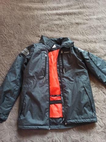 Продам курточку весна/ осінь