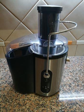 Máquina de sumos / Liquidificadora
