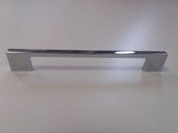 Uchwyt meblowy UM 1143 rozstaw 160 mm chrom