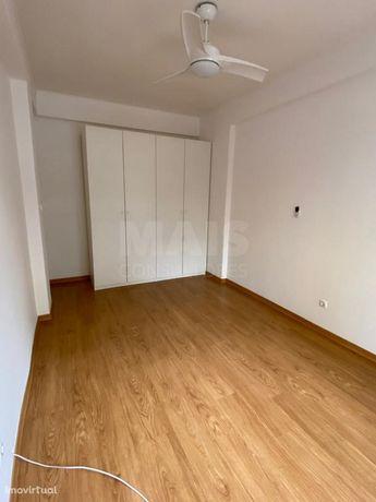 Apartamento T3 na Povoa de Santo Adrião