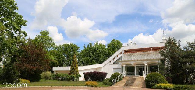 Wyjątkowy budynek biurowo-usługowy na Ursynowie