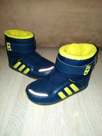 Ботинки сапожки Adidas Primaloft р. 17 ст. 17,5